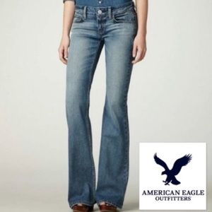 AMERICAN EAGLE OUTFITTERS HIPSTER FLARE JEANS